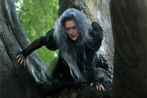 First Look at INTO THE WOODS ~ See Meryl Streep as the Witch!