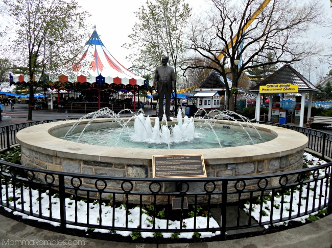 hersheyparkfountain