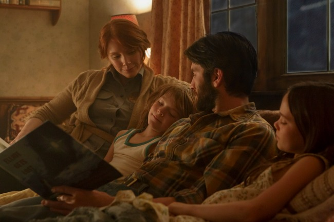 Bryce Dallas Howard is Grace, Wes Bentley is Jack Oakes Fegley is Pete and Oona Laurence is Natalie in Disney's PETE'S DRAGON, the adventure of a boy named Pete and his best friend Elliot who just happens to be a dragon.