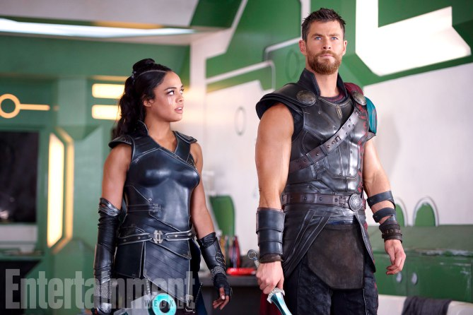 Thor: Ragnarok (2017) L to R: Valkyrie (Tessa Thompson) and Thor (Chris Hemsworth)