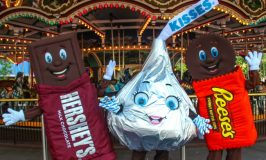 Summer 2019 #HersheyparkHappy Fun: 4-Pack Ticket #Giveaway! ~ #SweetestFamilies